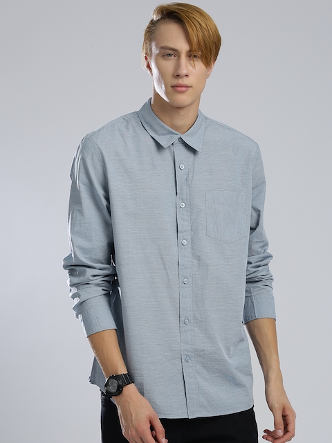GUESS Men Blue Pinstriped Casual Shirt