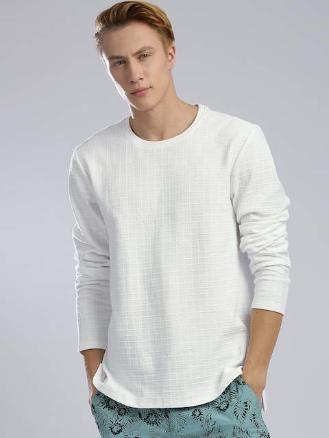 GUESS Men White Self-Checked Round Neck T-shirt