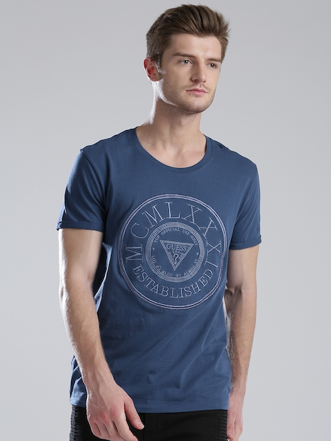 GUESS Men Blue Embroidered Round Neck T-shirt