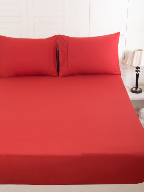 MASPAR Red 200 TC Fine Cotton Double Bedsheet with 2 Pillow Covers