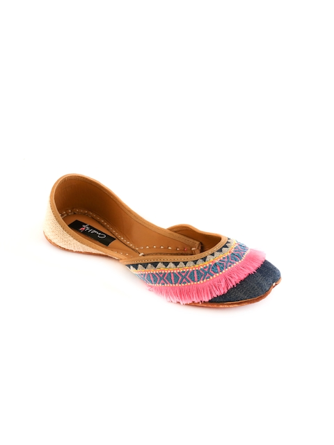 Coral Haze Women Multicoloured Handcrafted Juttis