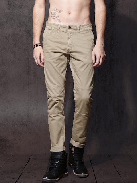Roadster Men Beige Solid Trousers