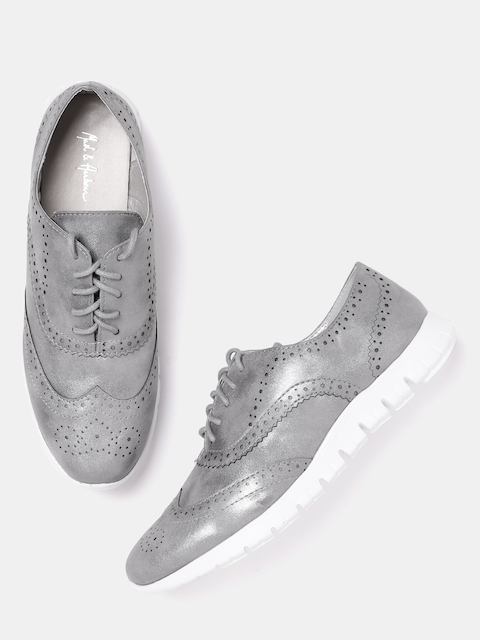 Mast & Harbour Women Charcoal Grey Shimmer Casual Brogues