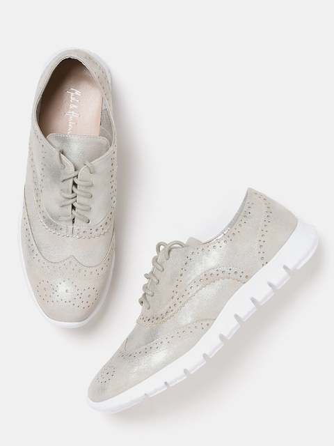 Mast & Harbour Women Silver-Toned Shimmer Casual Brogues