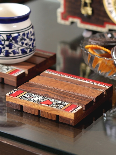 VarEesha Set of 4 Brown Square Wooden Coasters