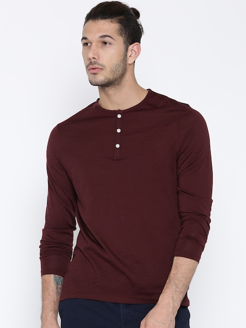 Blackberrys Men Burgundy Solid Merino Wool Henley Neck T-shirt
