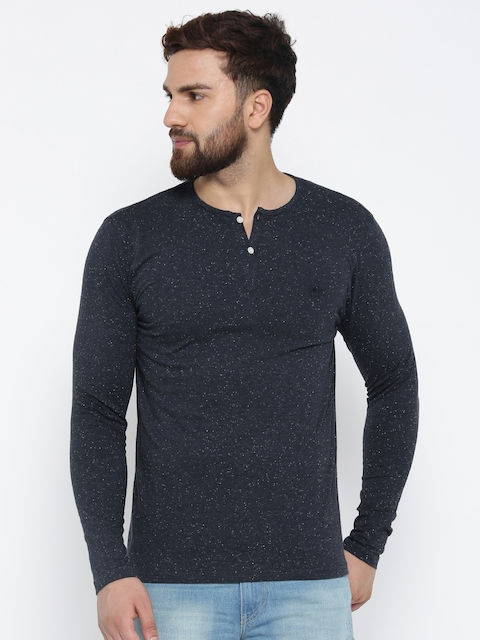 Blackberrys Men Navy Solid Henley Neck T-shirt