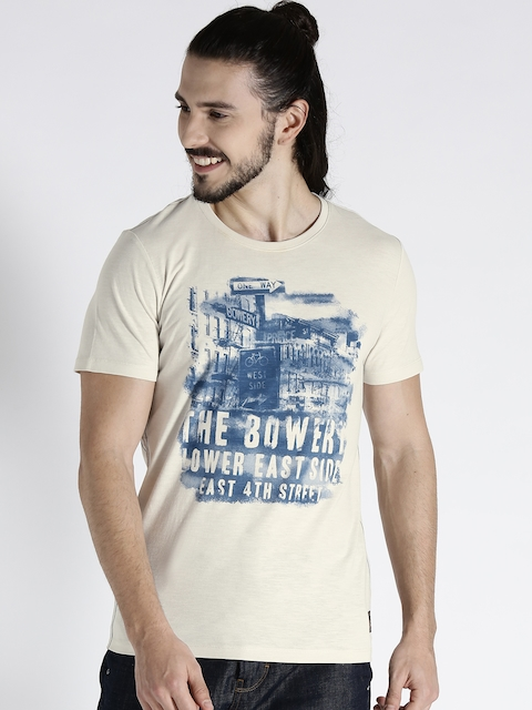s.Oliver Men Off-White Printed Round Neck T-shirt