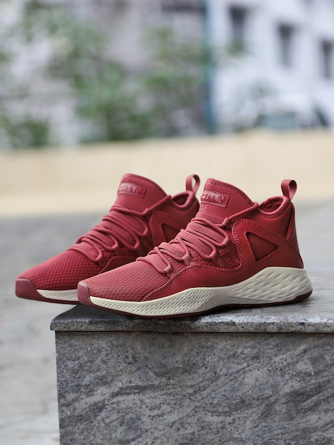 Nike Men Burgundy Jordan Formula 23 Shoes