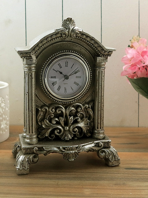 Importwala Off-White Dial Vintage Analogue Scroll Table Clock