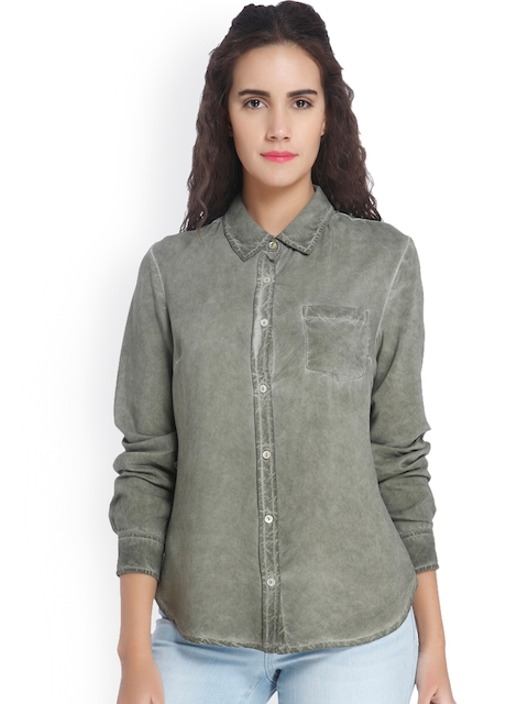 Vero Moda Women Green Regular Fit Faded Casual Shirt