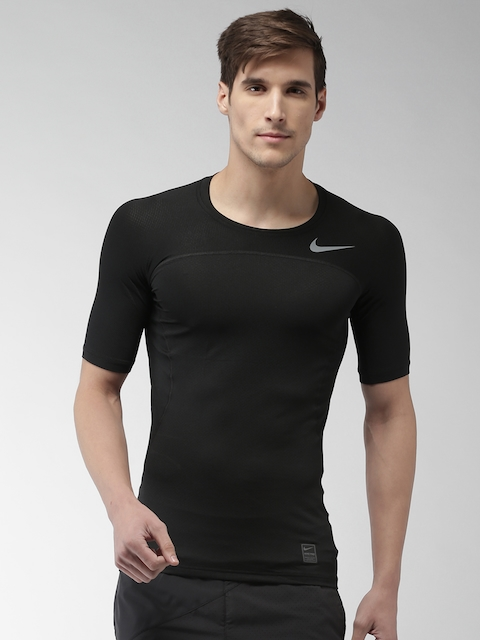 Nike Men Black Printed Round Neck Compression AS M NP HPRCL T-shirt