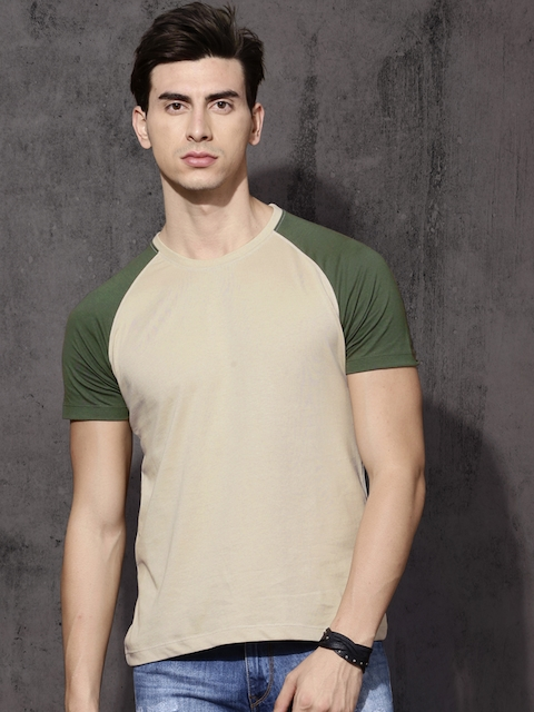 Roadster Men Beige Solid Round Neck T-shirt