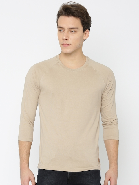 Roadster Men Beige Solid Round Neck T-shirt