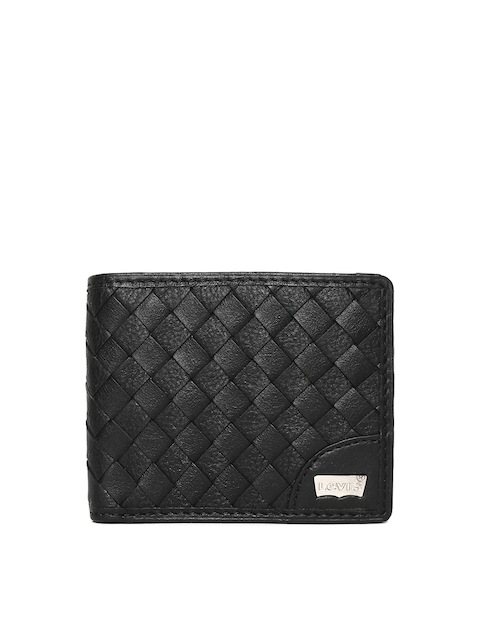 Levis Men Black Textured Two Fold Leather Wallet