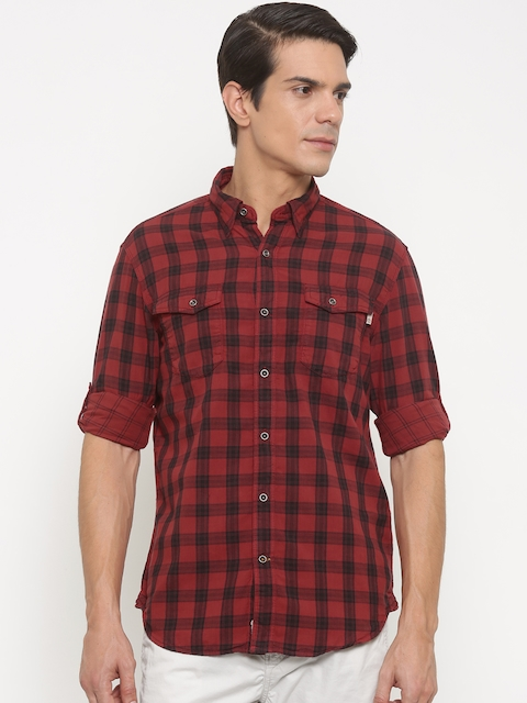 Timberland Men Red & Black Regular Fit Checked Casual Shirt