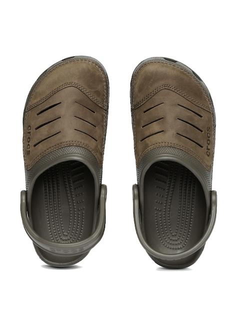 Crocs Men Brown Bogota Clogs