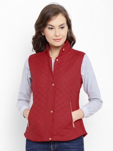 Fort Collins Women Red Solid Sleeveless Quilted Jacket