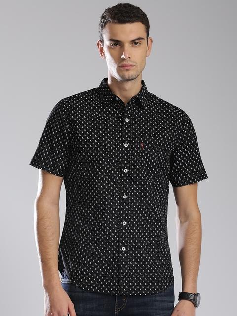 Levis Men Black & White & White Printed Casual Shirt
