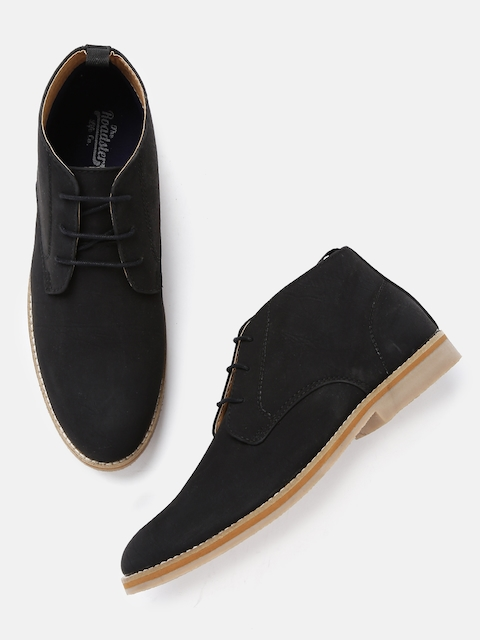Roadster Men Black Solid Mid-Top Flat Boots
