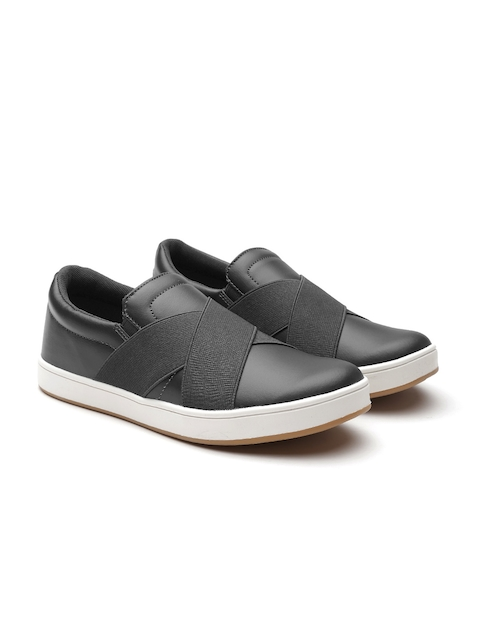 United Colors of Benetton Men Black Slip-On Sneakers