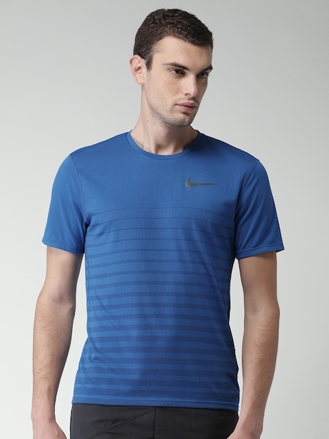Nike Men Blue Striped AS M NK ZNL CL RELAY TOP SS GX Running T-shirt