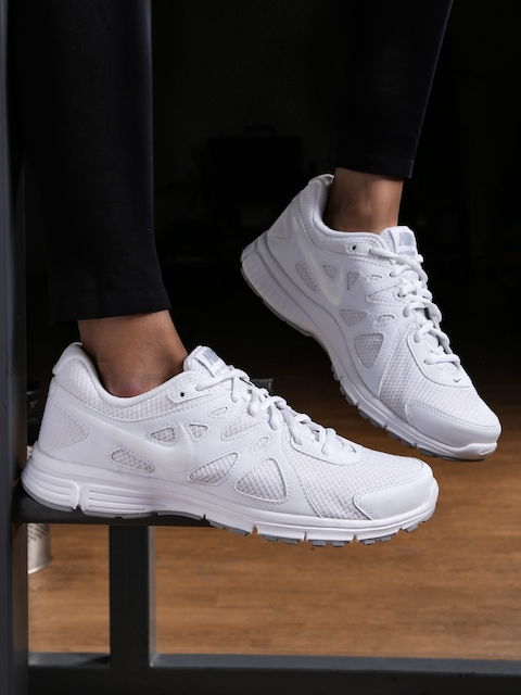 Nike Men White Running Shoes
