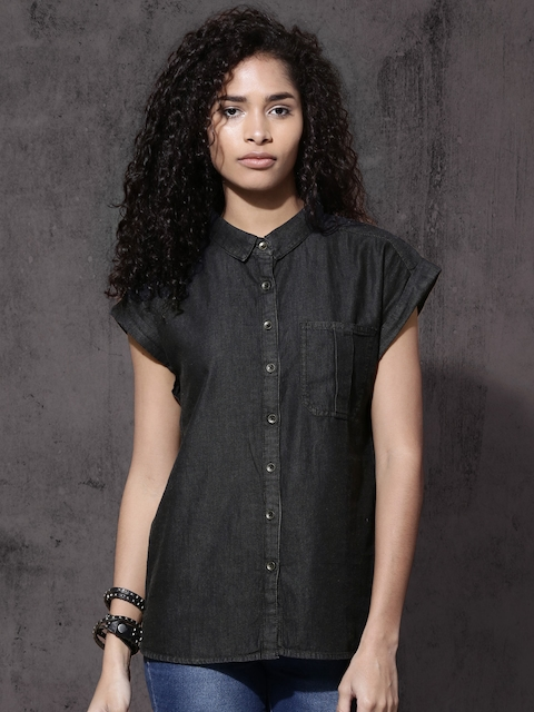 Roadster Women Black Regular Fit Solid Casual Shirt