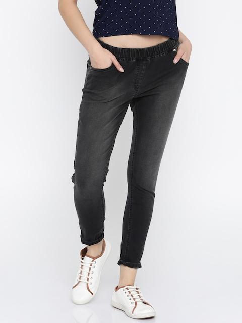 Park Avenue Women Black Regular Fit Solid Regular Trousers