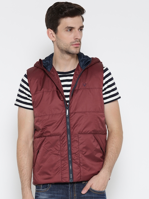 Solly Sport Men Maroon Solid Hooded Sleeveless Quilted Jacket