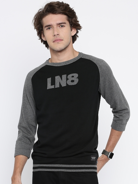Levis Men Black Self-Design Round Neck T-shirt