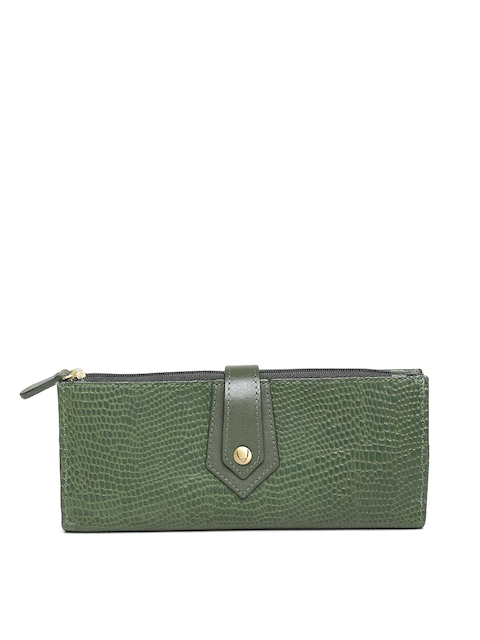 Hidesign Green Leather Textured Two Fold Wallet