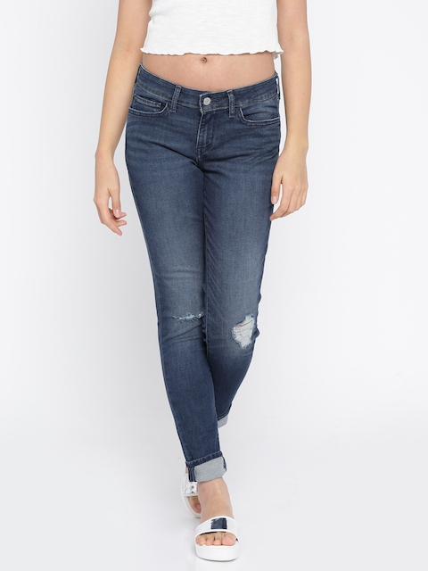 Levis Women Blue Skinny Fit Mid-Rise Mildly Distressed Stretchable Jeans