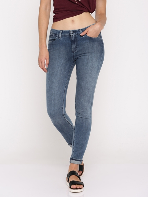 Levis Women Blue Skinny Fit Mid-Rise Clean Look Stretchable Jeans