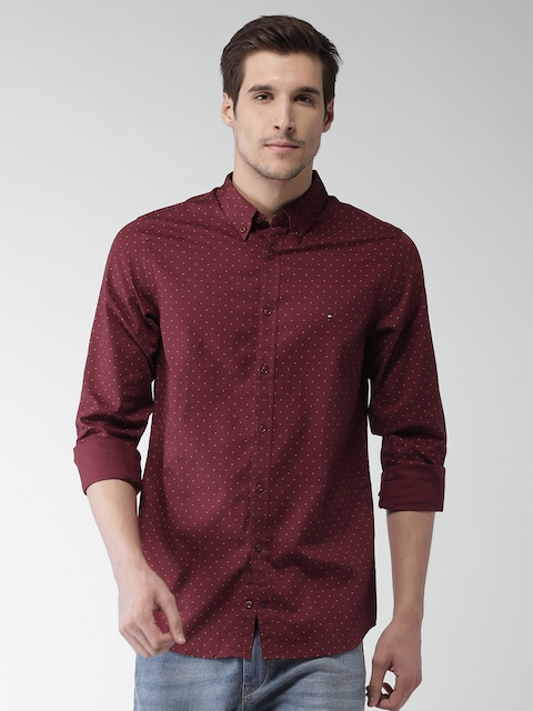 Tommy Hilfiger Men Maroon Slim Fit Checked Casual Shirt
