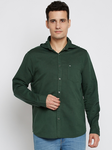 Lee Cooper Men Green Contemporary Regular Fit Solid Casual Shirt