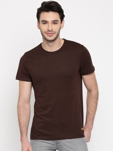 Arrow Blue Jean Co. Men Maroon Solid Round Neck T-Shirt  available at myntra for Rs.359