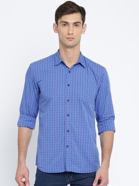 Wrangler Men Blue Regular Fit Checked Casual Shirt