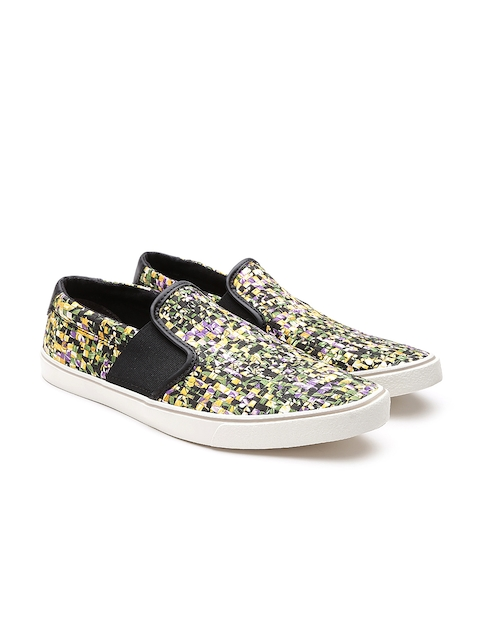 e37a381cb Clarks Men Multicoloured Printed Slip-On Sneakers