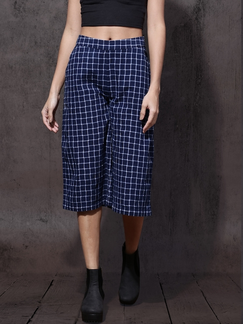 Roadster Women Navy Blue Regular Fit Checked Culottes