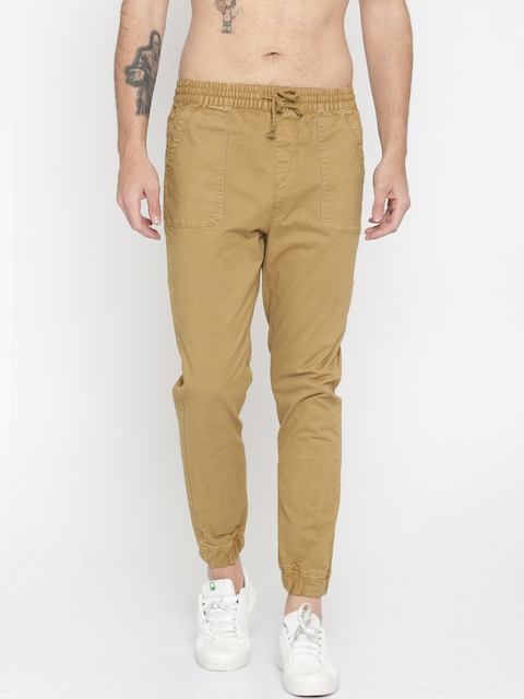 Roadster Men Beige Slim Fit Solid Joggers