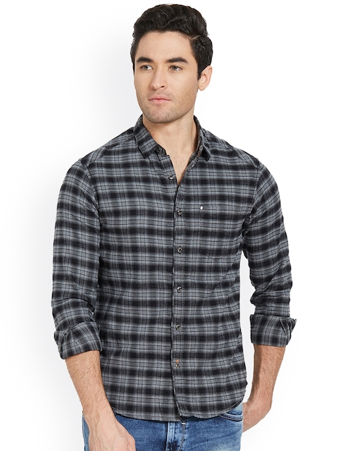 SPYKAR Men Black & Grey Slim Fit Checked Casual Shirt