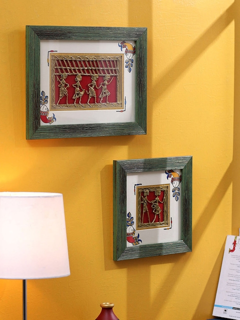 VarEesha Green Set of 2 Wooden Wall Hangings