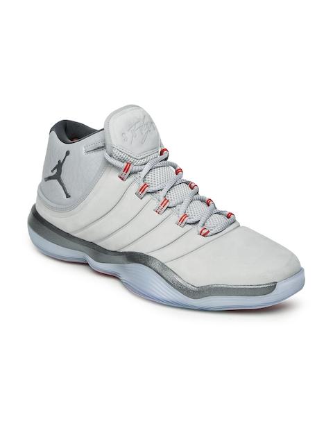 Nike Men Grey JORDAN SUPER.FLY Mid-Top Basketball Shoes