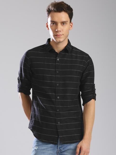 Levis Men Black Slim Fit Striped Casual Shirt