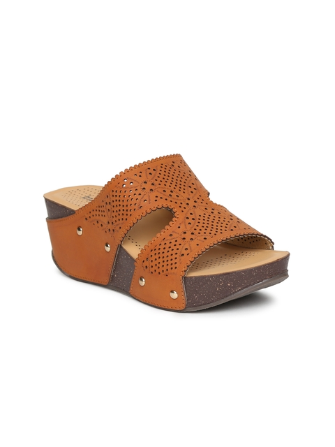 Inc 5 Women Tan Brown Wedges