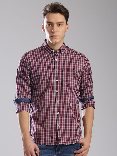 GAS Men Maroon Classic Slim Fit Checked Casual Shirt  available at myntra for Rs.2744