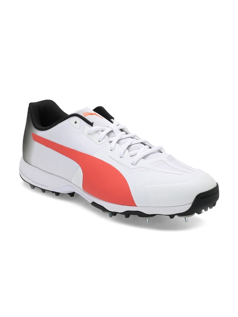 Puma Men White Cricket Shoes