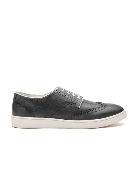 Carlton London Men Grey Croc-Textured Brogues