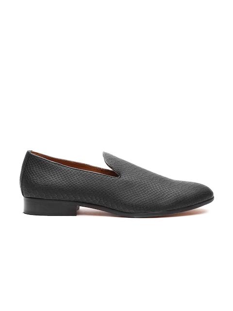 Carlton London Men Black Snakeskin-Textured Loafers